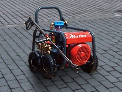 rental of pressure washers and hot water boilers for high pressure equipment