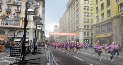 "TST Pulveriza agua a los 24.000 corredores de la ""Cursa de Bombers"" de Barcelona"