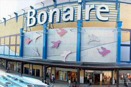 JULIO 2011 TST instala aire acondicionado de urgencia en el centro comercial Bonaire de Aldaia