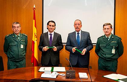 La Guardia Civil y Aseamac firman un convenio de colaboración para la prevención de robos de maquinaria