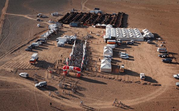 Aportamos toda la energía en el desierto para la carrera de bicicletas Titan Desert 2017