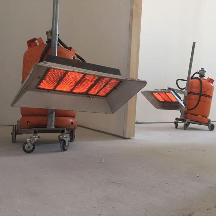Estufas de infrarrojos en obras