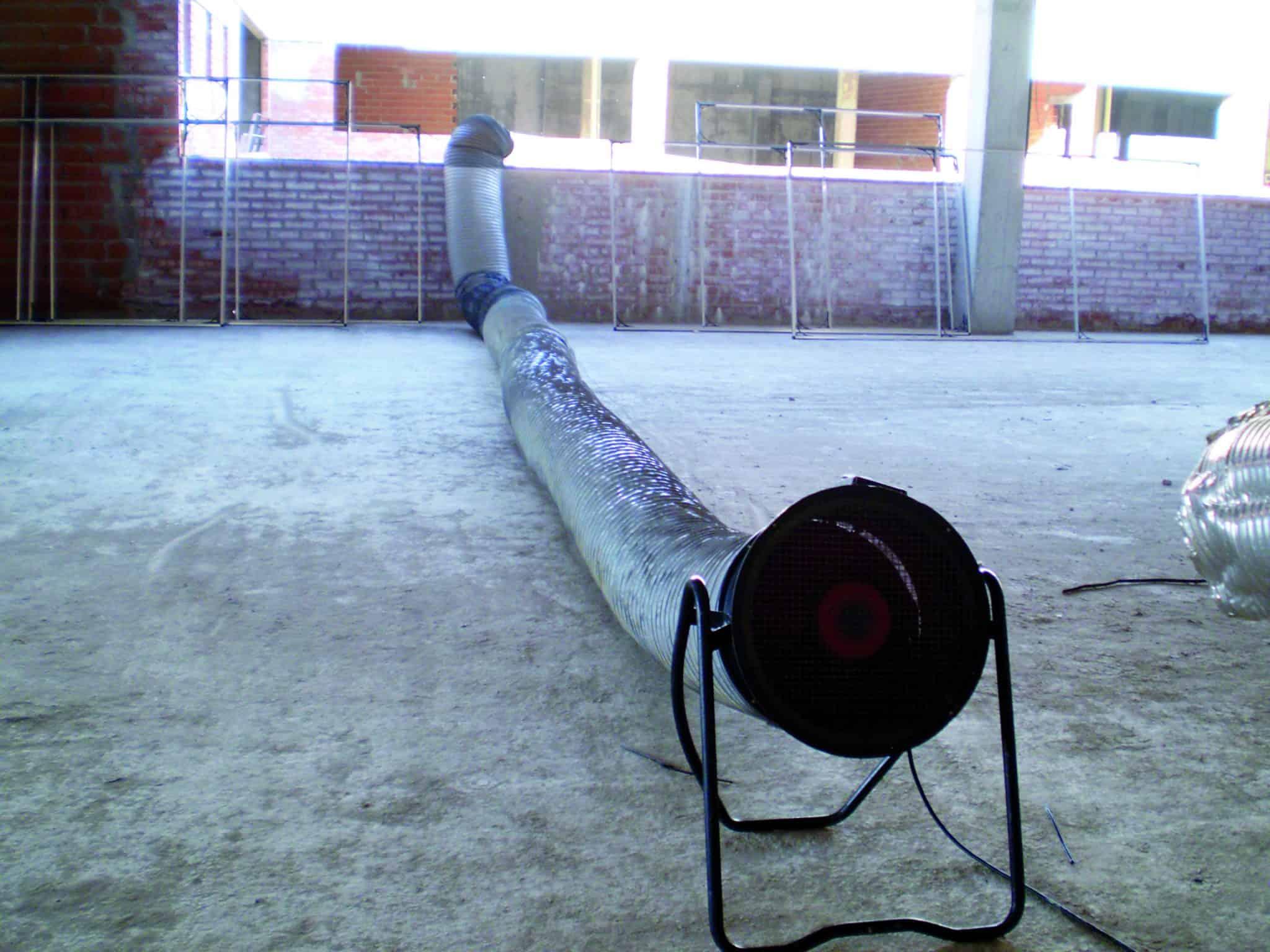 Extractor de aire con conducto