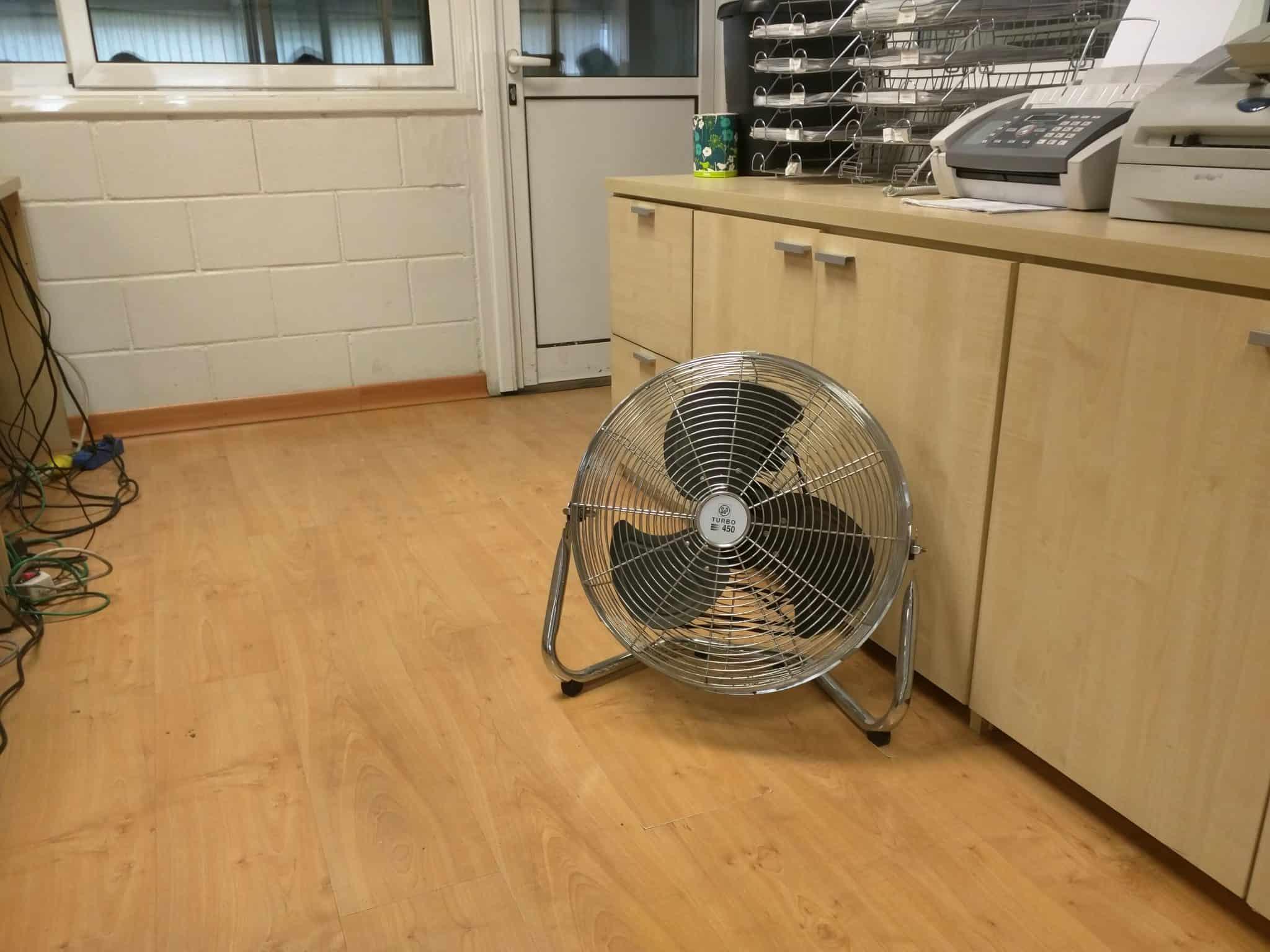 Ventilador portátil de suelo