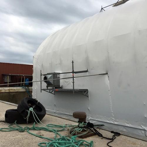 Caja de ventilación para trabajos en barcos