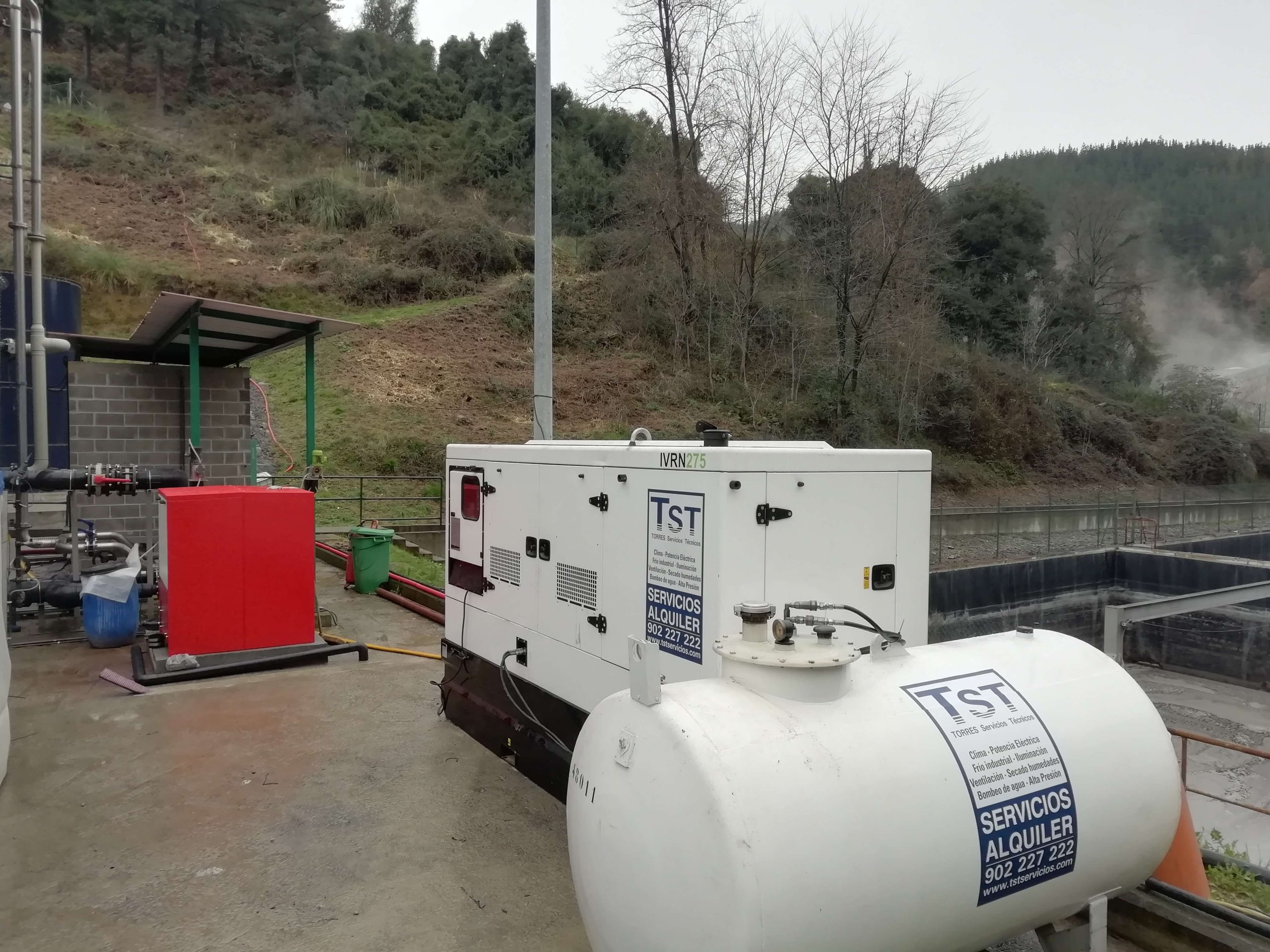Grupo electrógeno con deposito nodriza en el vertedero de Urkizu.