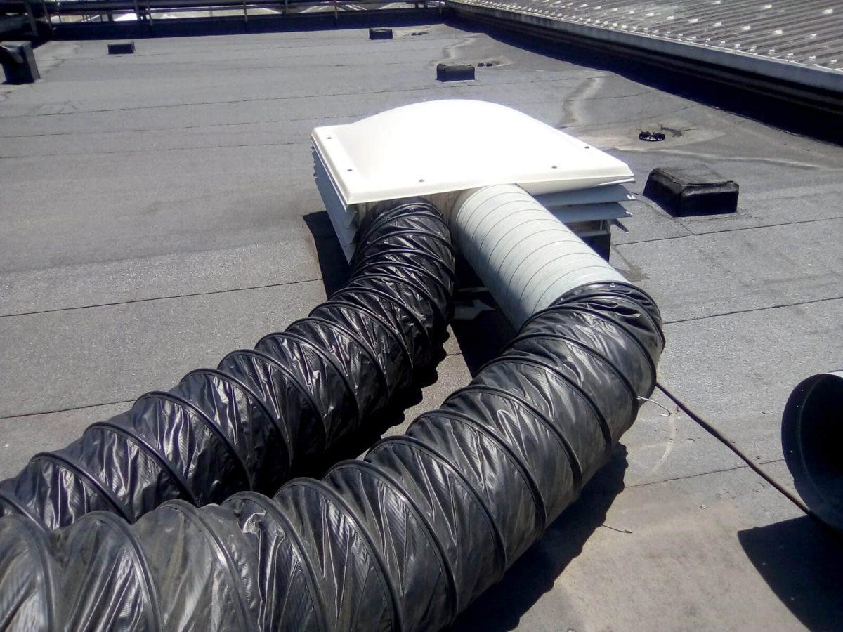 Conductos para frio en cubierta fábrica San Miguel