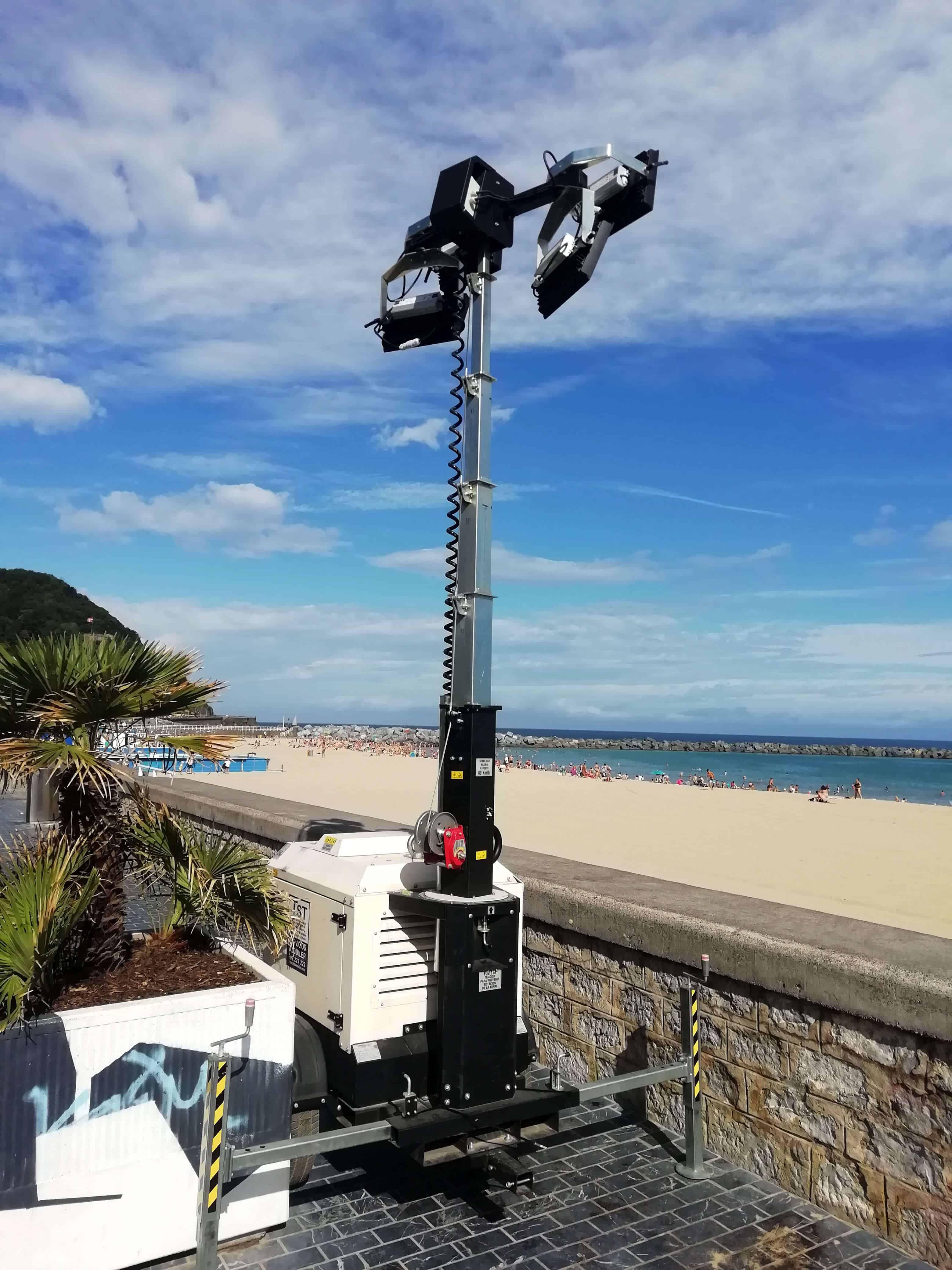 Torre de iluminación autonoma