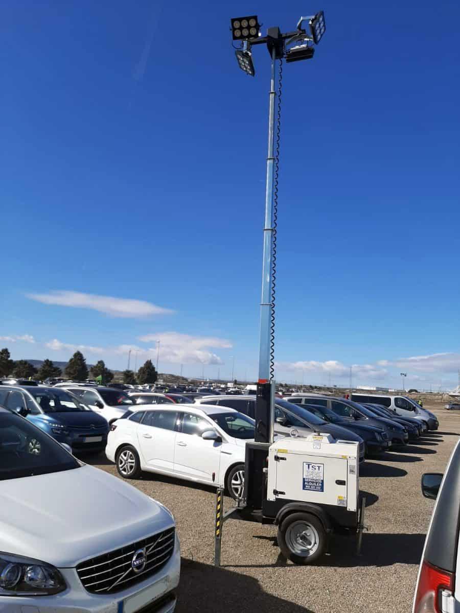 torre de iluminación parking