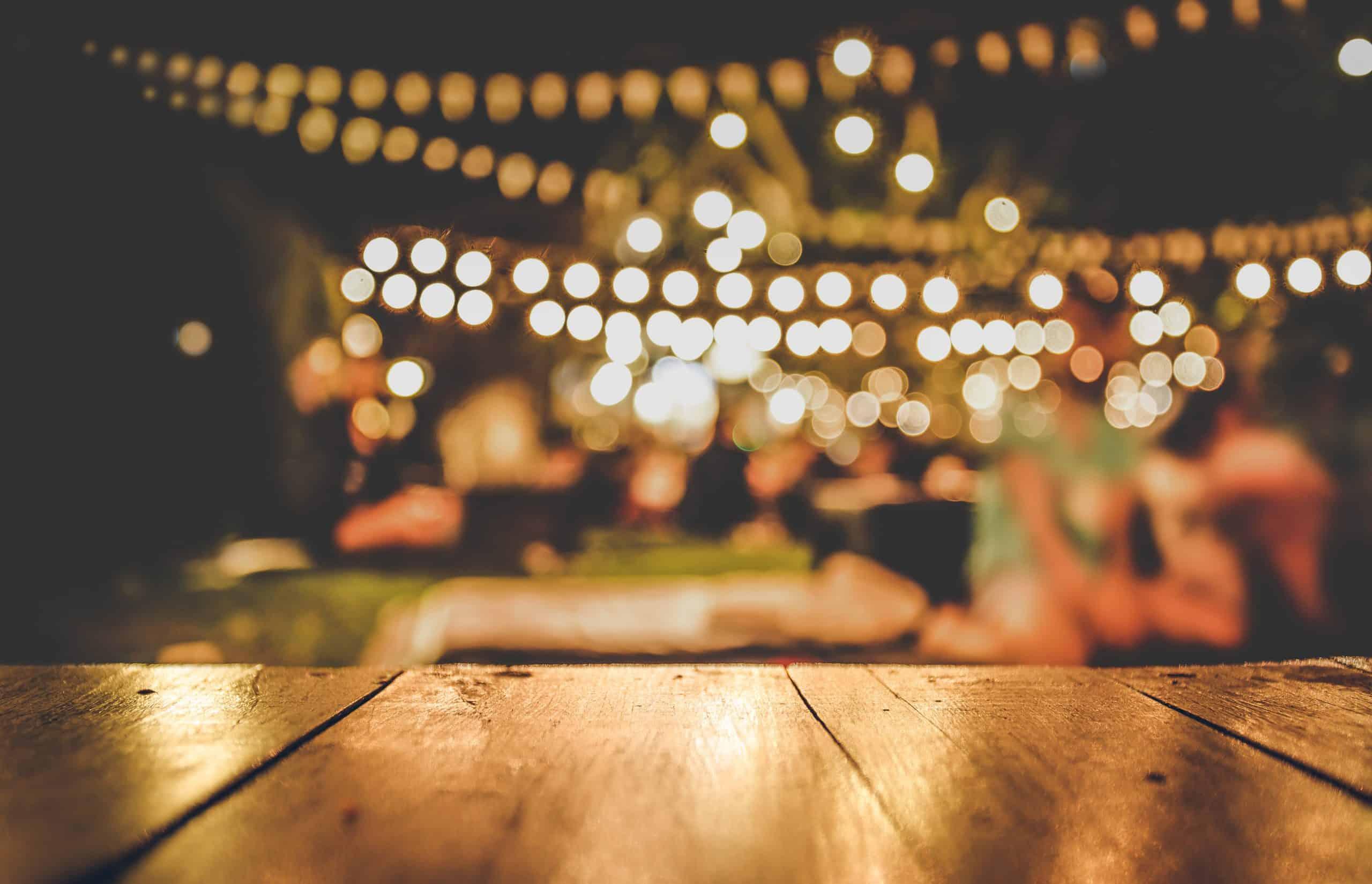 Iluminación con focos para fiestas