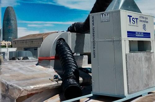 ¿Cuál es la función de los equipos autónomos de aire acondicionado?